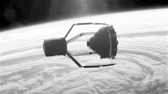 <b>ESA launches the world's first space waste disposal mission</b>